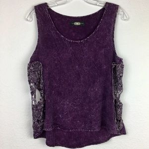 REWASH | Tank Top with See Through Lace Skulls.